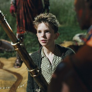 boy who played arthur in arthur and the invisibles