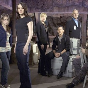 Lucy Kate Hale, Michelle Ryan, Molly Price, Will Yun Lee, Miguel Ferrer and Mark Sheppard (from left)