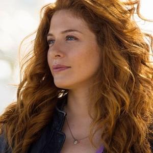 Rachelle Lefevre as Julia