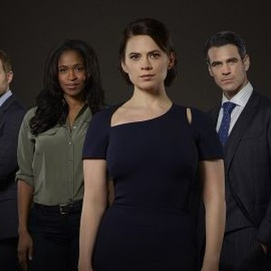 Emily Kinney, Shawn Ashmore, Merrin Dungey, Hayley Atwell, Eddie Cahill and Manny Montana (from left)