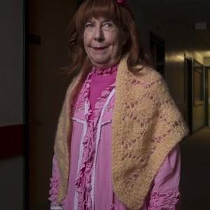 Leila Hoffman as Hattie