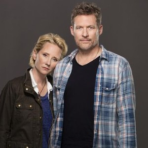 Anne Heche (left) and James Tupper
