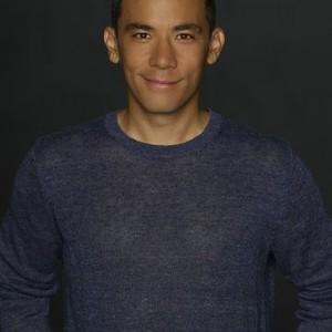 Conrad Ricamora as Oliver Hampton