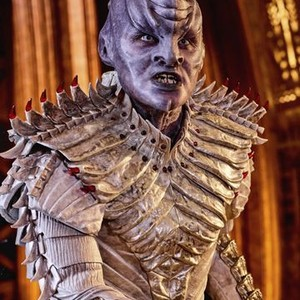 Mary Chieffo as L'Rell