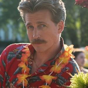 Josh Meyers as Barry
