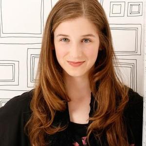 Hannah Sullivan as Kat Standish