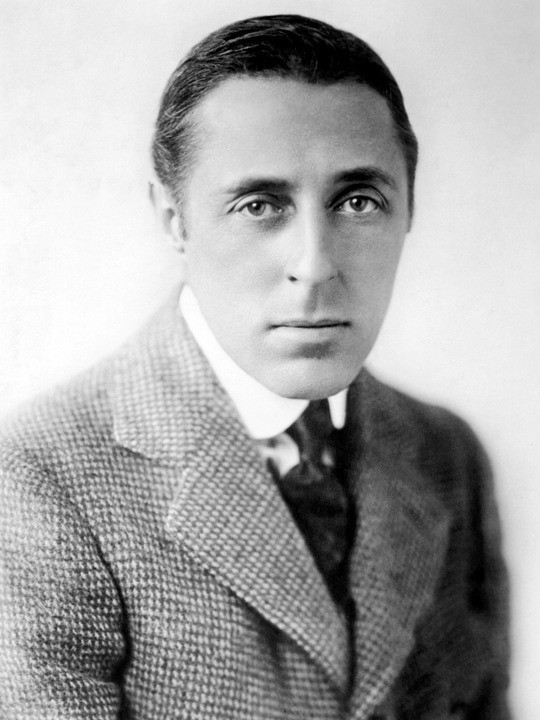 D.W. Griffith, horoscope for birth date 22 January 1875