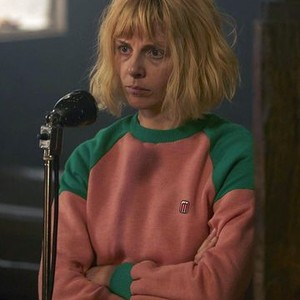 Sophia Di Martino as Amy