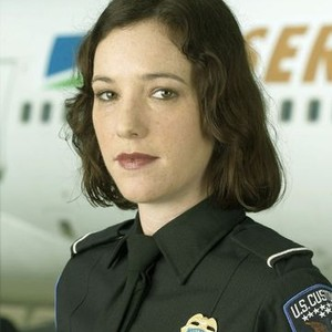 Wendy Hoopes as Agent Betty