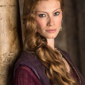 Alyssa Sutherland as Princess Aslaug