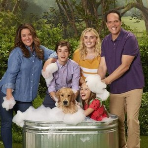 Katy Mixon, Daniel DiMaggio, Julia Butters, Meg Donnelly and Diedrich Bader (from left)