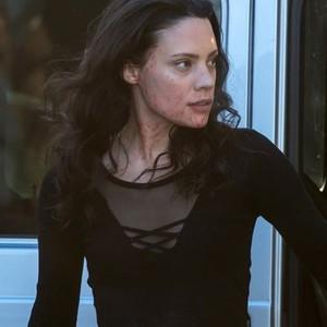 Camille De Pazzis as Annie