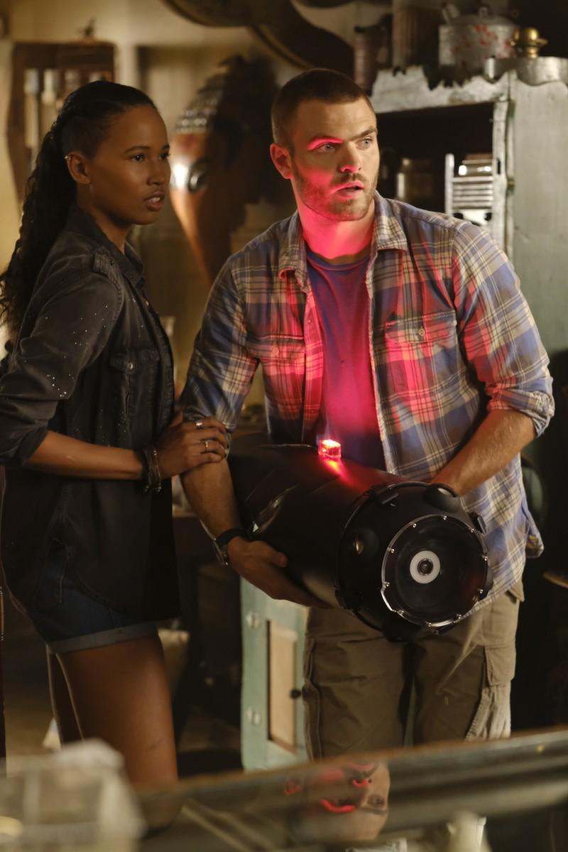 Siren Season 1 Rotten Tomatoes Red Alert Star Trek Alarm