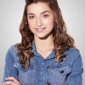 Ava Deluca-Verley as Katie Fisher