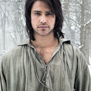 Cast of the musketeers tv series 2014   The Three Musketeers