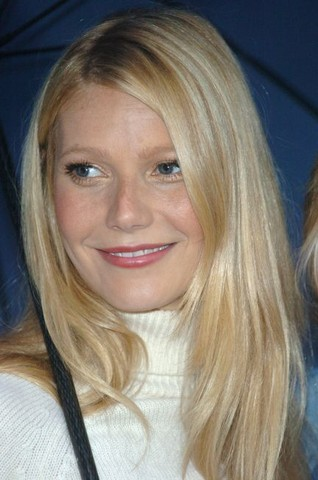 """Gwyneth Paltrow on """"Good Morning America"""" in Times Square"""