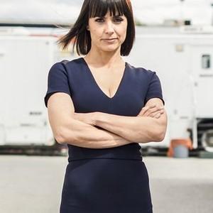 Constance Zimmer as Quinn King
