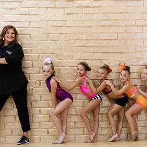 <em>Dance Moms</em>, Season 6