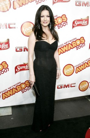 6th Annual Food Network Wine & Food Festival - Food Network Awards Show - Arrivals with Catherine Zeta Jones and Rachael Ray