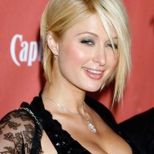 Paris Hilton grande pipe MILF douche films