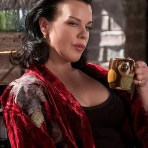 Debi Mazar as Maggie
