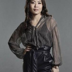 Nicole Kang as Mary Hamilton