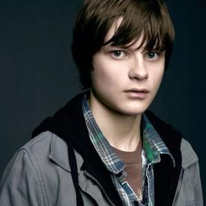 Charlie Tahan as Ben