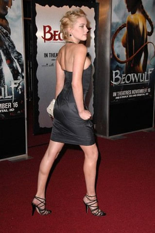 """""""Beowulf """" Los Angeles Premiere - Arrivals"""