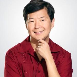 Ken Jeong as Señor Chang