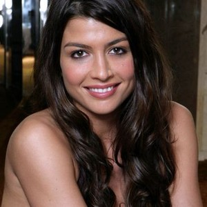 Jaclyn DeSantis as Maggie Hernandez