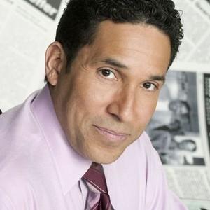 Oscar Nunez as Oscar Martinez