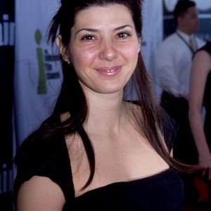 Eiza Gonzalez eiza-gonzalez