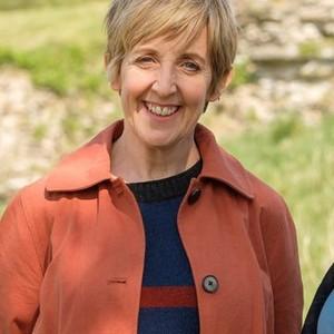 Julie Hesmondhalgh as Jill Wheadon