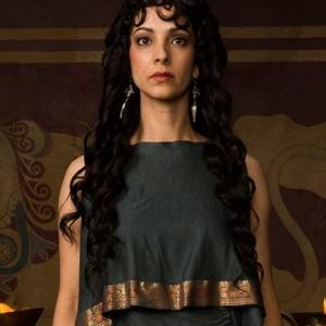 Sonita Henry as Medea