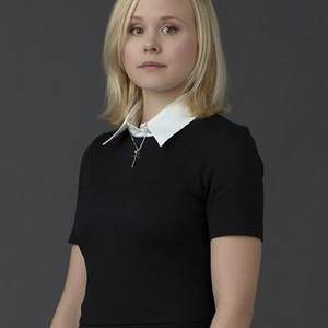 Alison Pill as Willa