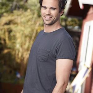 David Walton as Pete