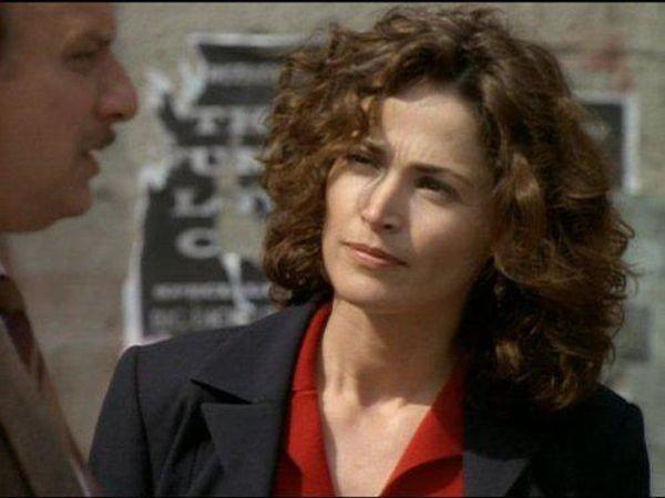 NYPD Blue - Season 3 Episode 22 - Rotten Tomatoes