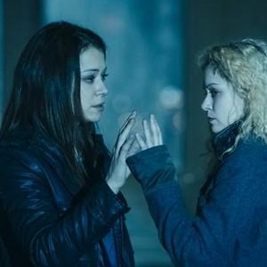 Orphan Black: Season 2, Episode 5, Sarah (Tatiana Maslany) and Helena (Tatiana Maslany)