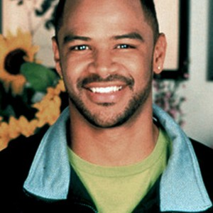 Dondre Whitfield as Curtis Cooke