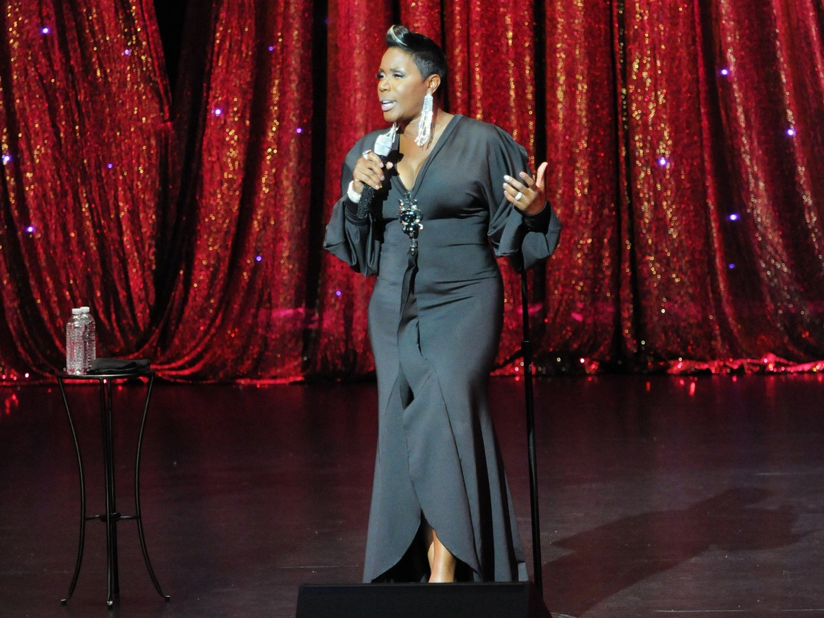 Sommore Chandelier Status 2013 Rotten Tomatoes – Sommore Chandelier Status